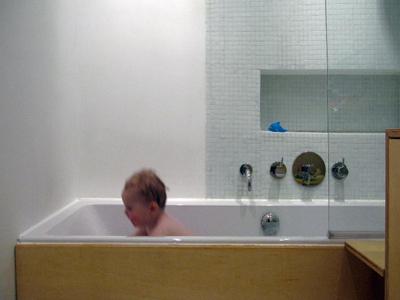 Badkamer in de pijp2009 katrien joosten architect - Lichtgrijze gang ...
